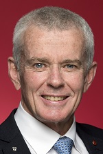 Official portrait of Malcolm Roberts